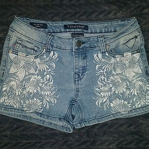 Vigoss girls size 16 jean shorts great condition